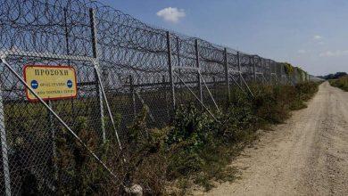 صورة الاقتراب من إكمال بناء سياج الحدود بين اليونان وتركيا