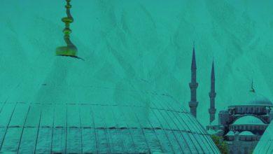 صورة #شاهد : في المكان الذي حاولوا حرقه.. جلسة لسماع القرآن الكريم في مركز كريستيانساند بالنرويج