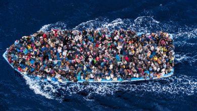 صورة برلين تتحدث عن  استقبال اللاجئين العالقين في البحر
