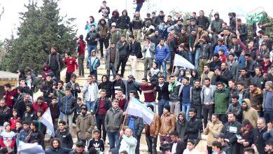 صورة رغم التهجير ومخاوف كورونا .. إدلب تحتفل في ذكرى الثورة السورية