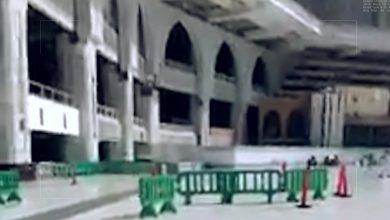 صورة في حادثة تاريخية بسبب فايروس #كورونا ، الكعبة المشرفة في مكة المكرمة بدون طائفين هذا اليوم، ضمن إطار حملة تنظيف وتعقيم صحن المطاف