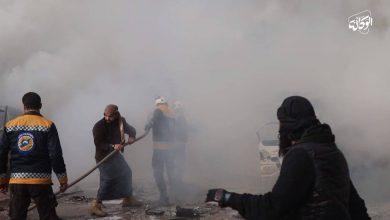 صورة مشاهد قاسية من اللحظات الأولى للقصف الجوي على حي الصناعة في مدينة إدلب