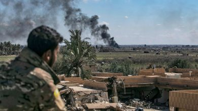 صورة القوات التركية تقصف مواقع عسكرية تابعة للنظام السوري