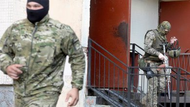 صورة بينهم ضابطان.. جندي روسي يقتل 3 من زملائه